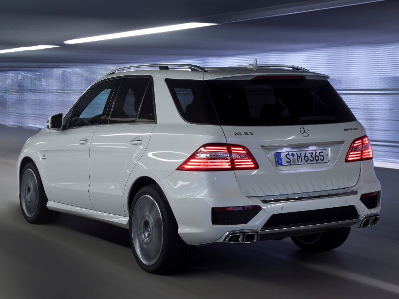 mercedes-benz_ml63_amg_19.jpg