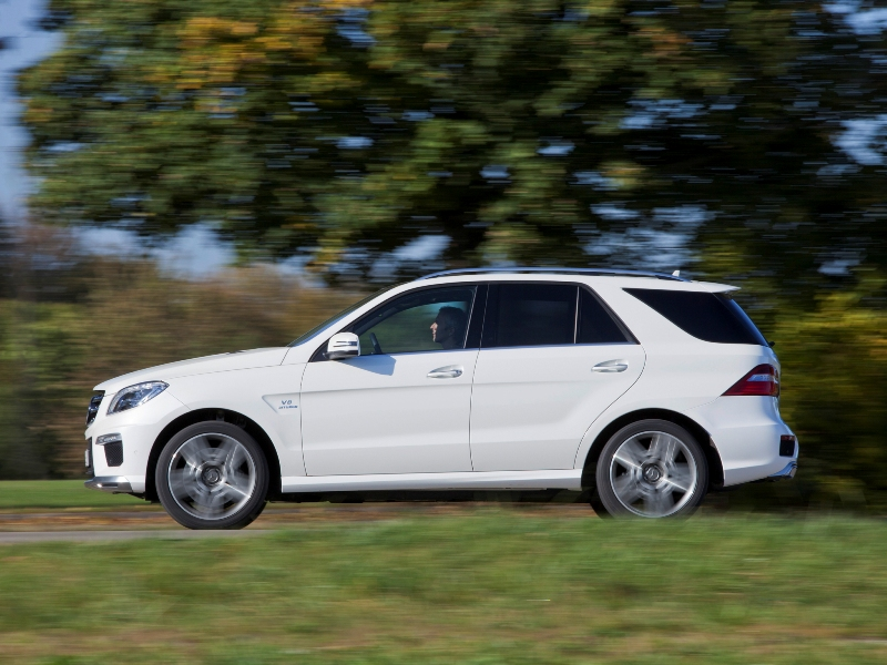 mercedes-benz_ml63_amg_23.jpg